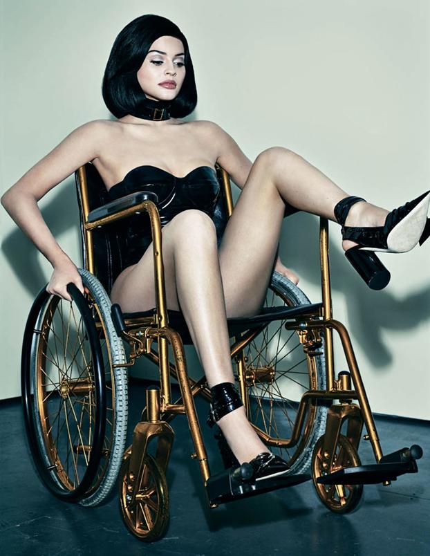 Jenner+photoshoot+exploits+rather+than+inspires